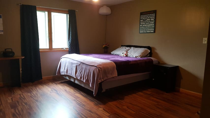 Private Room 25 Miles from Speedway - New Palestine - Huis