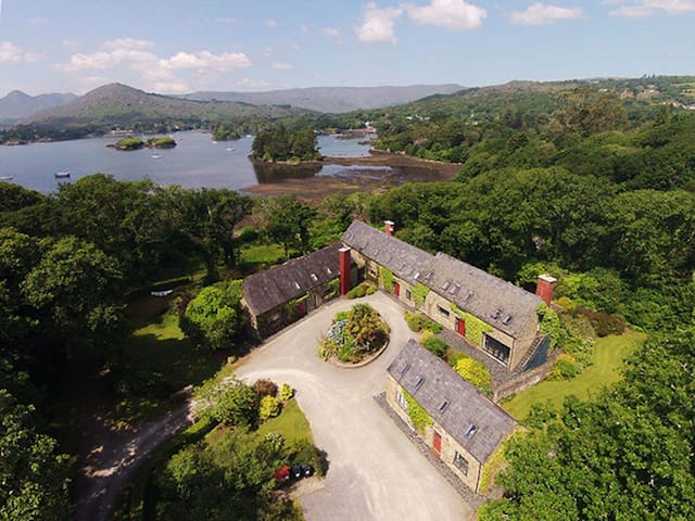 Silver Birch House, Glengarriff, Co.Cork - 11 Bed - Sleeps 22