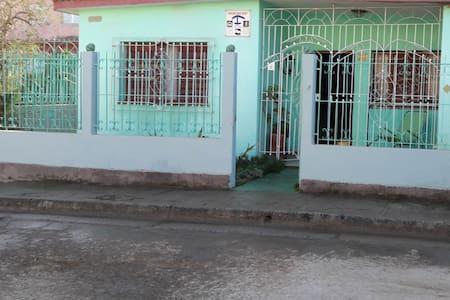 Aelsylo villa 2