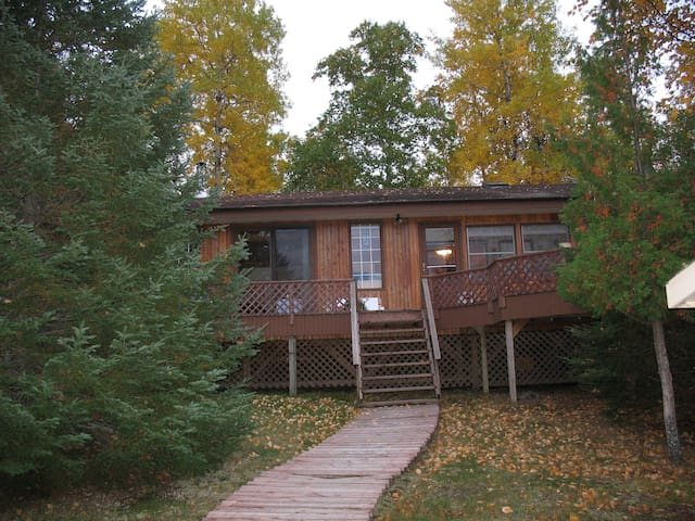 Summer Cottage Near Kenora