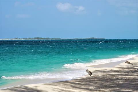 Sunrise Beach Resort #12-Affordable-on beach!