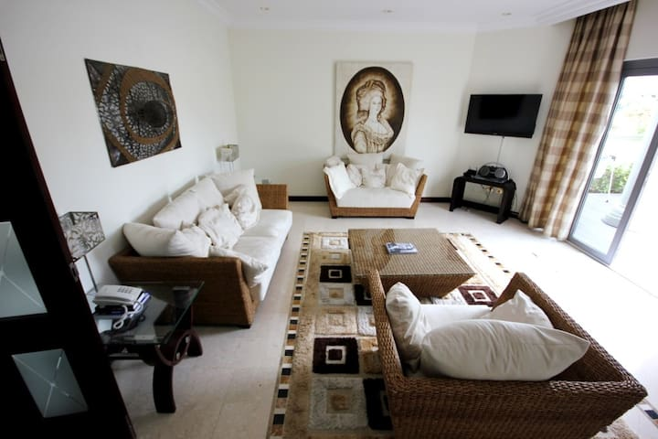 Luxury 3 bdr villa on Palm Jumeirah - Dubaj - Dom
