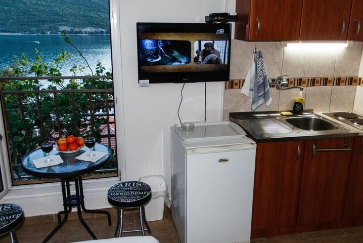 Studio for 2 people at the sea - Kumbor - Apartment