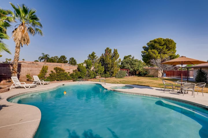 Exceptional 4 bedroom with heated pool and spa