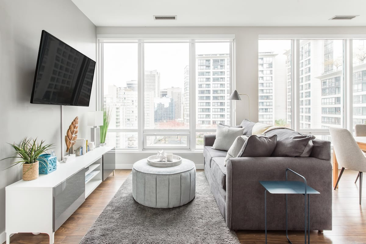Secluded Condo with Sprawling City Views