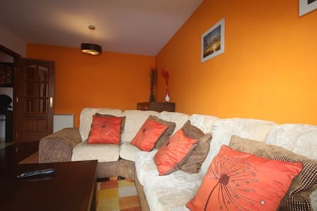 Apartamento a 5 minutos de la playa - Cangas - Lejlighed