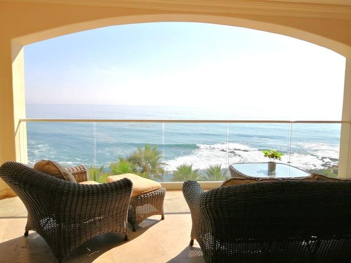 Beautiful Ocean View Apartment in Rosarito!