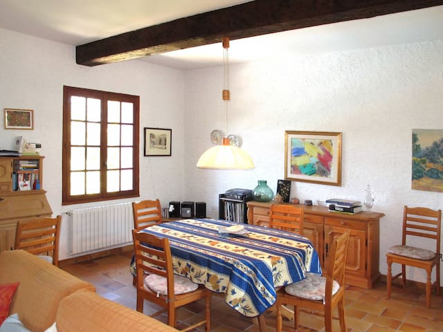 100 m² holiday house in Lorgues - Lorgues - Casa