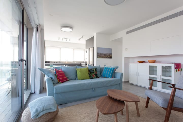 Beautiful luxury apartment in central Old Jaffa