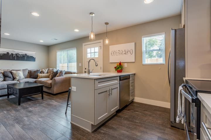 Newly Remodeled two bedroom at Stuart