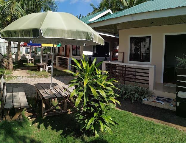 Tavern's Budget Room w Hot Shower nr Alona Beach 1