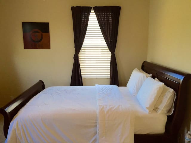 Jack & Jill Rooms in Ladera Ranch
