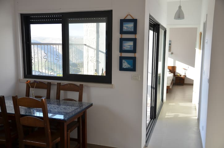 Desert View Apartment - Kfar Adummim - Hus