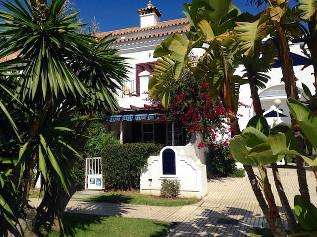 Paradise with pool near beach - Fuengirola - Huis