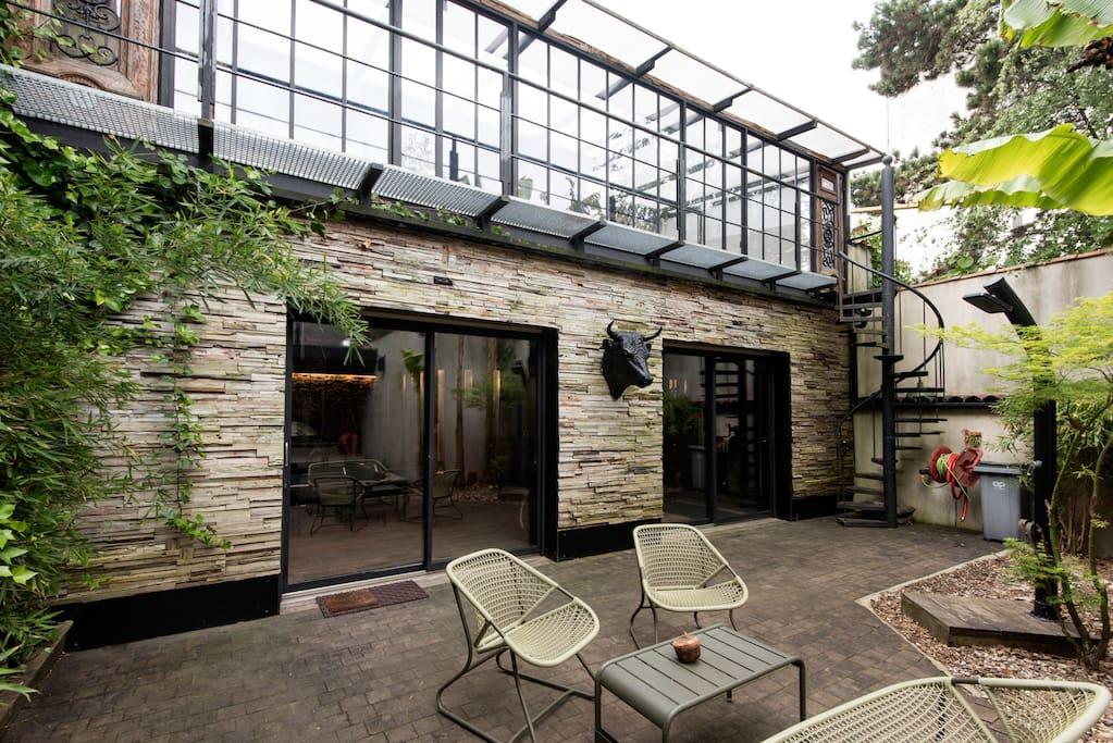 Loft hyper centre avec piscine maisons louer la for Piscine hyper u
