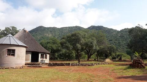 Bushfoot Base Camp - Pokój 2-osobowy z oddzielnymi łóżkami i własnym wyżywieniem