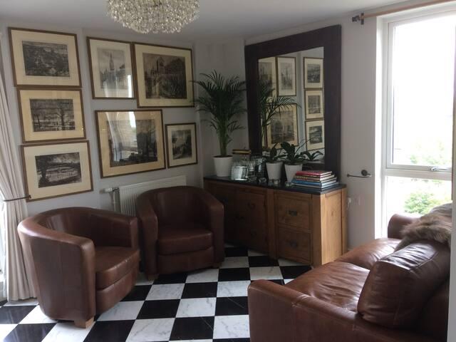 Small double room in Kennington