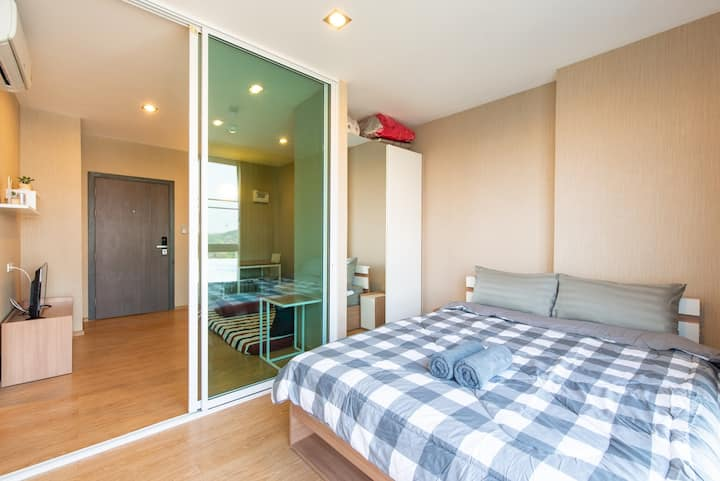 Jed Yod Private bedroom drive in 8 mins to Nimman