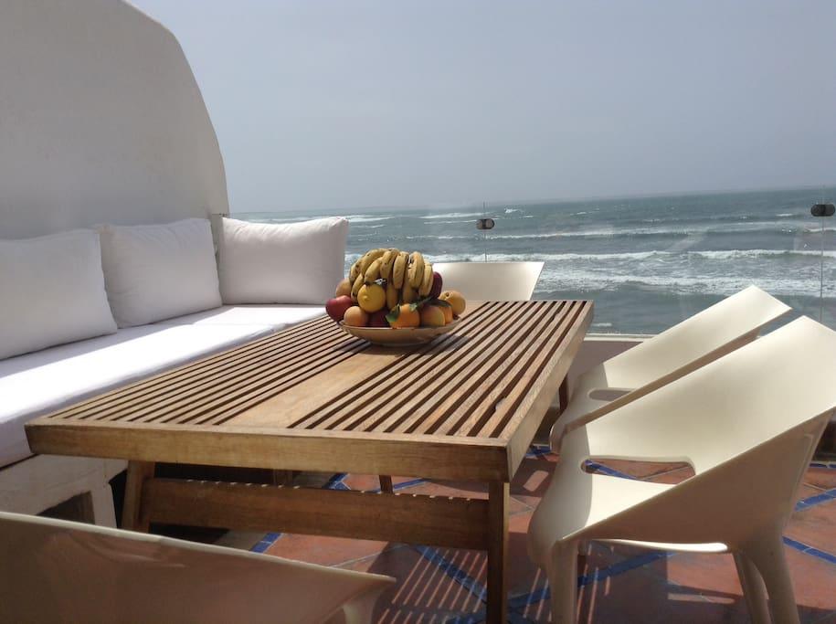 Terrasse en front de mer 3 (marée haute)