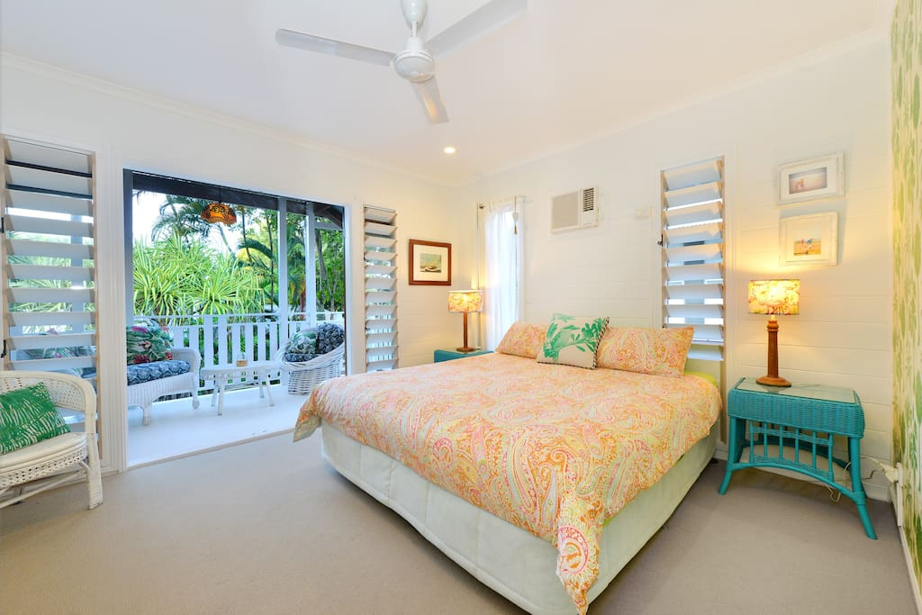King bedroom, En-suite, large Balcony with views over the Pool
