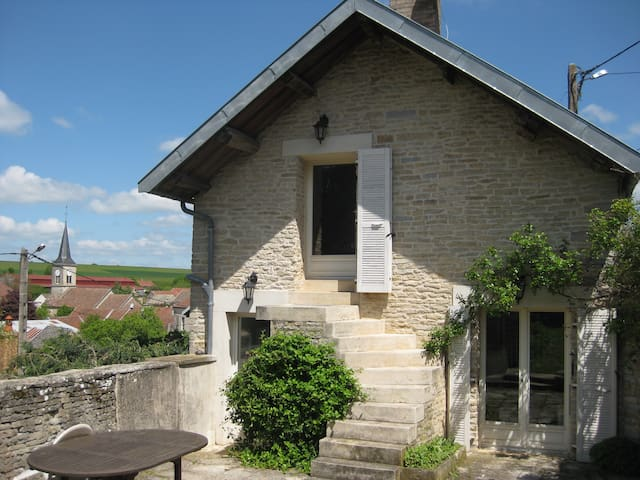 Cottage, bed&breakfast - Prenois - Casa