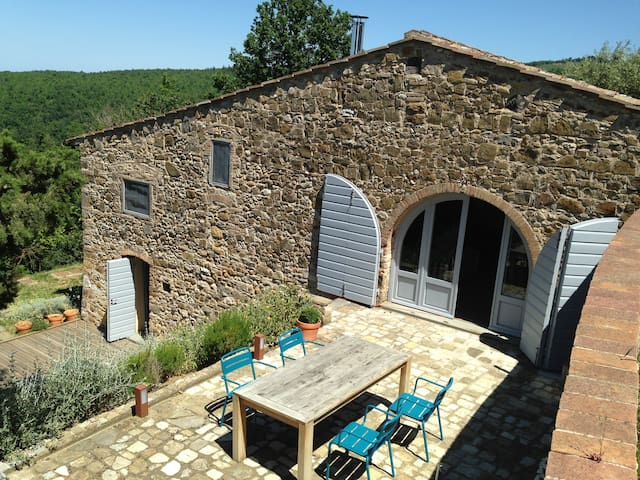 Cottage in Chianti, 2 double and 1 single bedroom