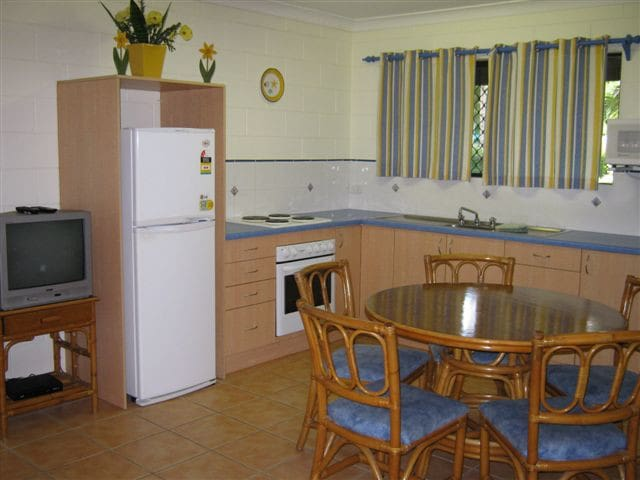 Magnetic Retreat Unit 1 near beach - Magnetic Island - Apartment