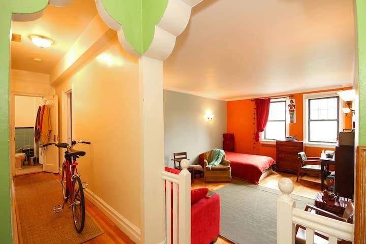 Beautiful Large 1 Bedroom Apt in BK - Brooklyn - Apartemen