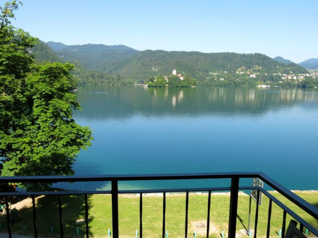The apartment is literally just a few metres from Lake Bled