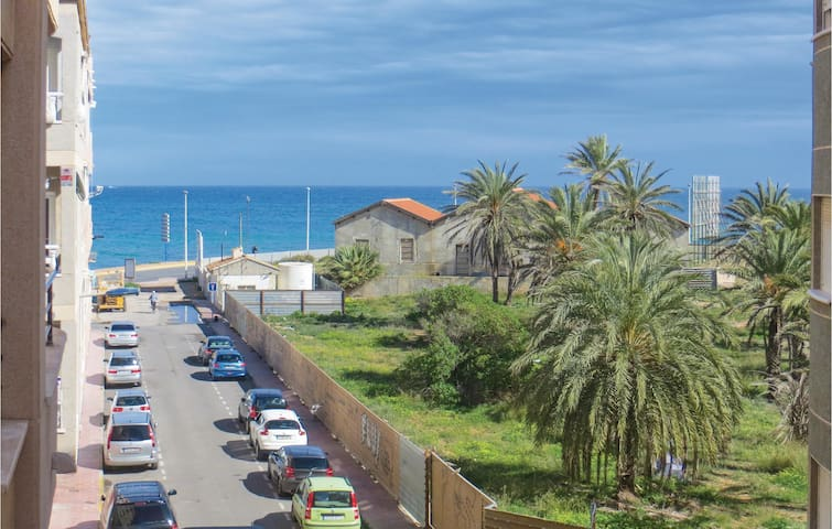 Holiday apartment with 3 bedrooms on 74m² in Torrevieja
