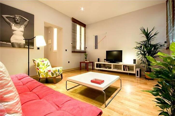 LATINA LUXE - Madrid - Apartment