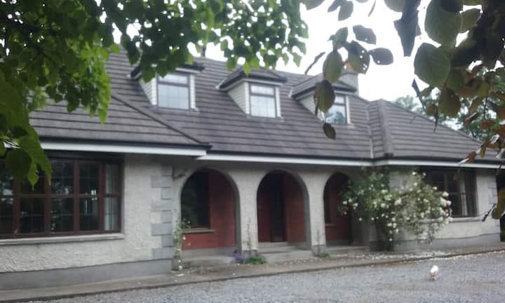 Aodhain House
