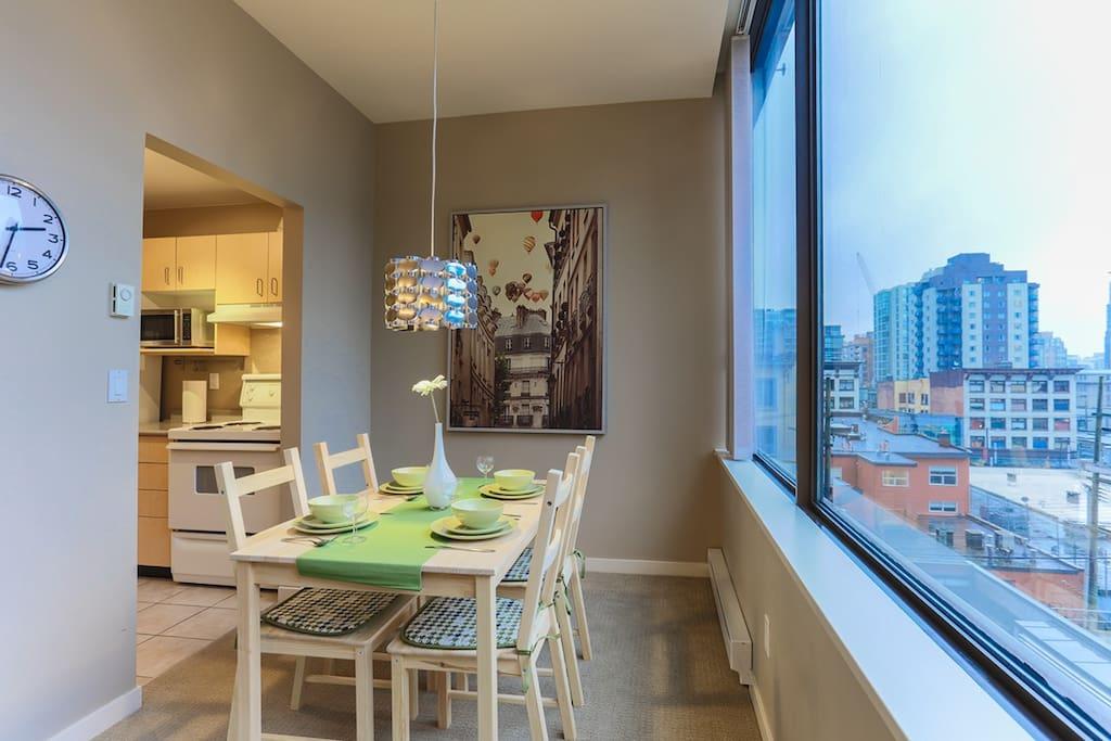 heart of downtown vancouver appartements louer vancouver colombie britannique canada. Black Bedroom Furniture Sets. Home Design Ideas