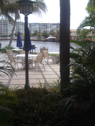 Water front in Hollywood Fl
