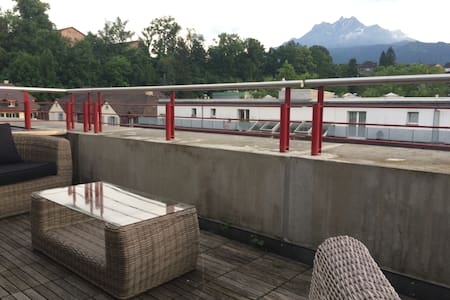 CITY Rooftop Appartment! - Luzern