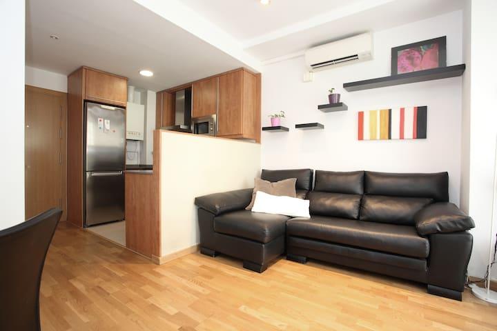 piso moderno cerca sagrada familia
