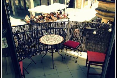 Fall in love - MARIBOR City Apartment with balcony - Maribor - Apartment
