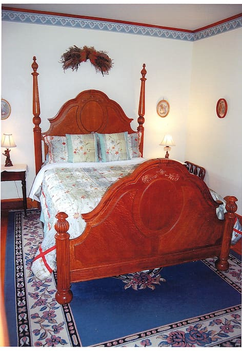 The Birch room has a queen size bedroom and a private bathroom ensuite