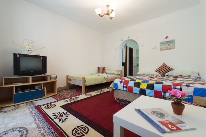 Studio Guests House Avlija