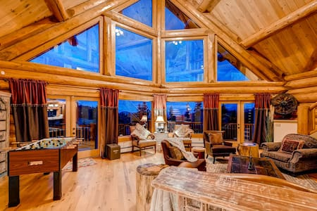 LUXURY 6 BEDROOMS LOG MOUNTAIN HOME NEAR DENVER - Black Hawk