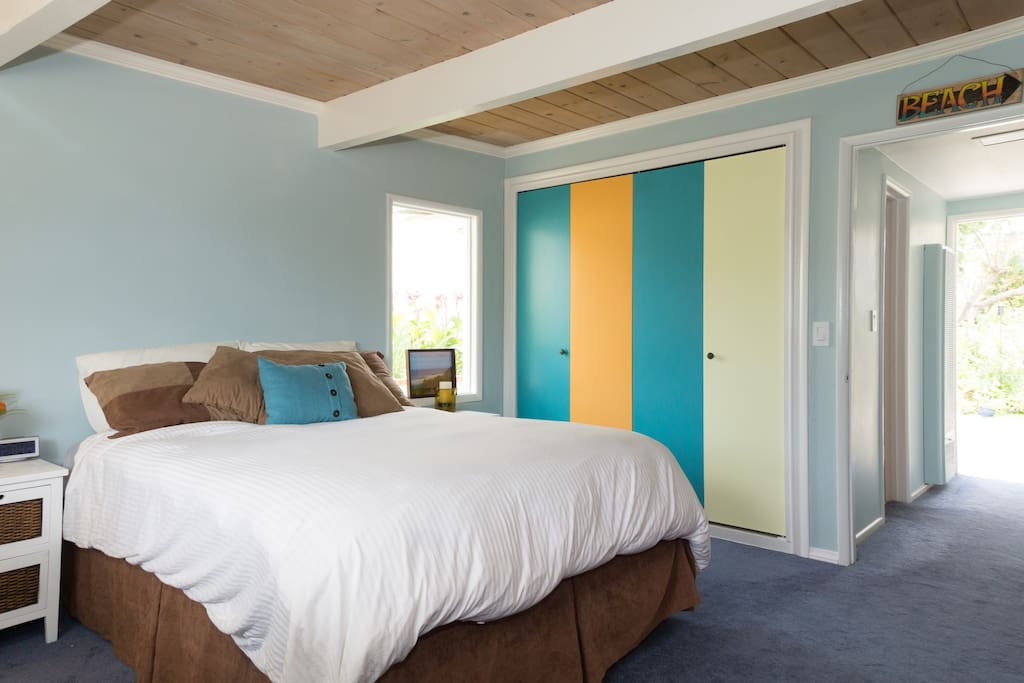 Plenty of closet space.  There is now surf art above the bed :)