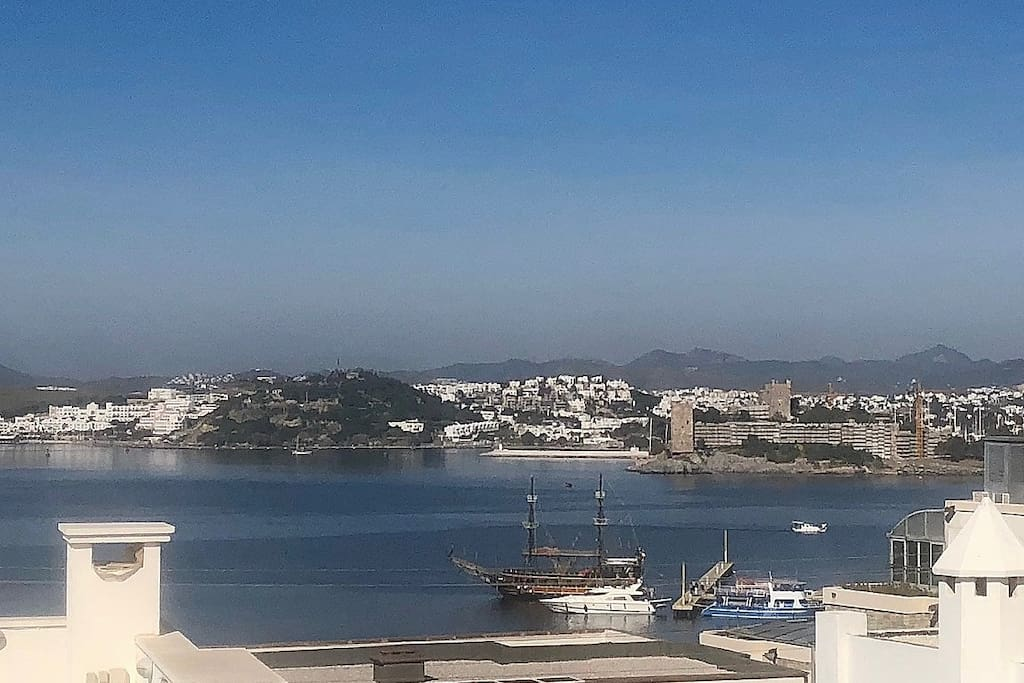 VIEW OF CASTLE AND OLD BODRUM