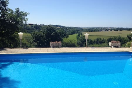 Big villa with pool, forest & lakes - not shared - Beaupréau