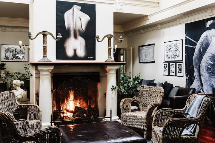 The Manor House Daylesford ~ 8 BEDROOM ~ 8 ENSUITE