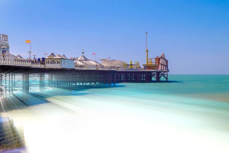 Brighton Pier.Brighton pier,5-8 min walk from the apartment.