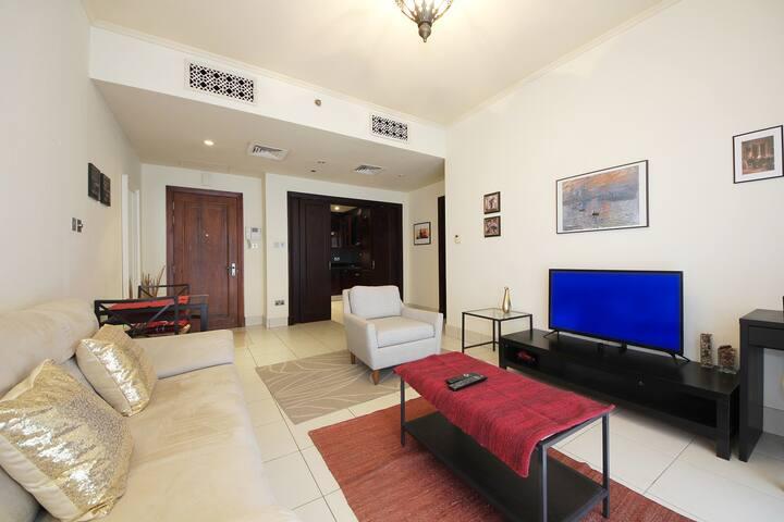 Dazzling one Bedroom in Reehan