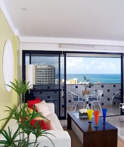 Stunning 3 bdrm with views in Barra - Salvador - Apartment