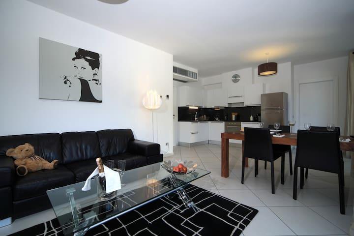 C004 Appartamento superior 2 camere - Maccagno - Apartment