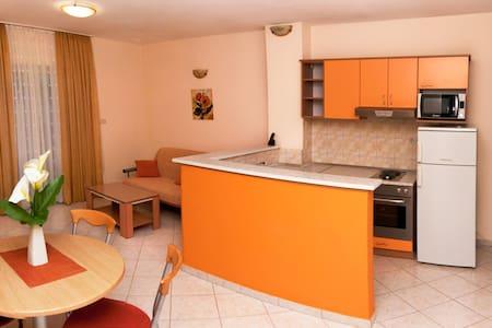 Orange Apartment                 - Appartamento
