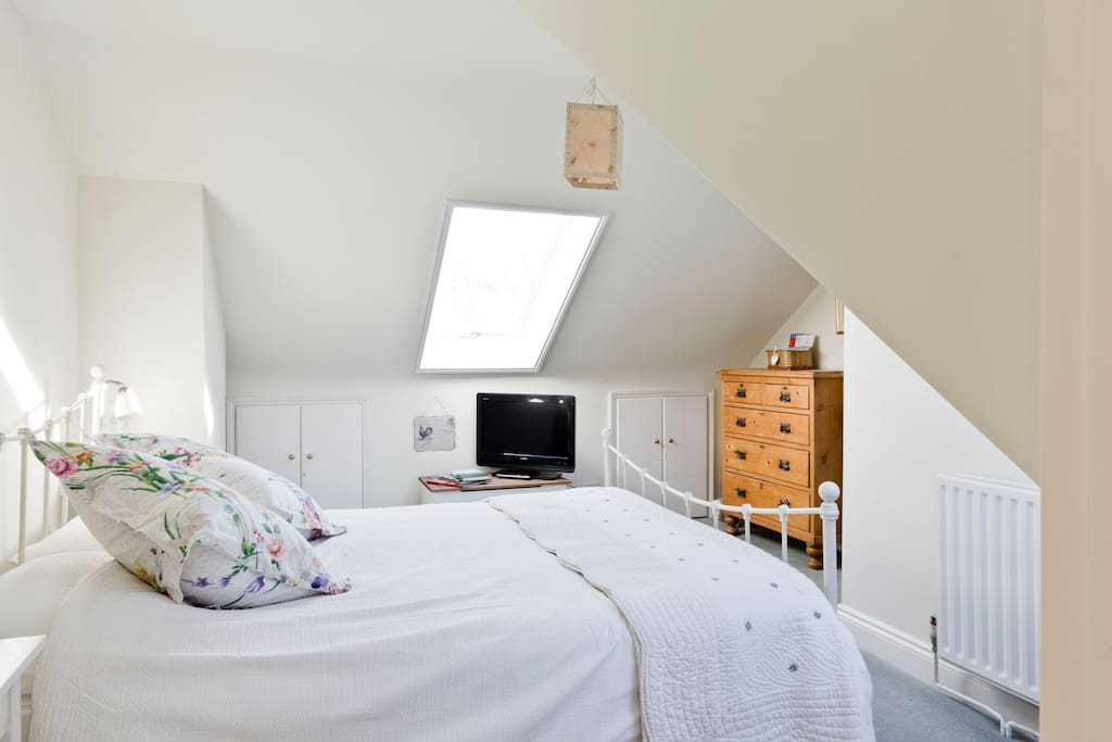 Light, bright double bedroom on its own floor